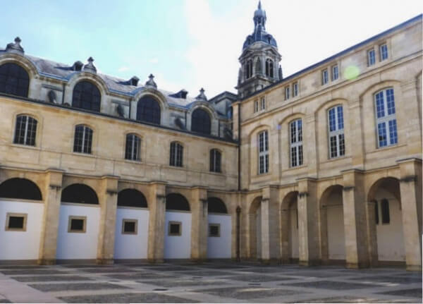 Balade_Bordeaux_Cour_Mably