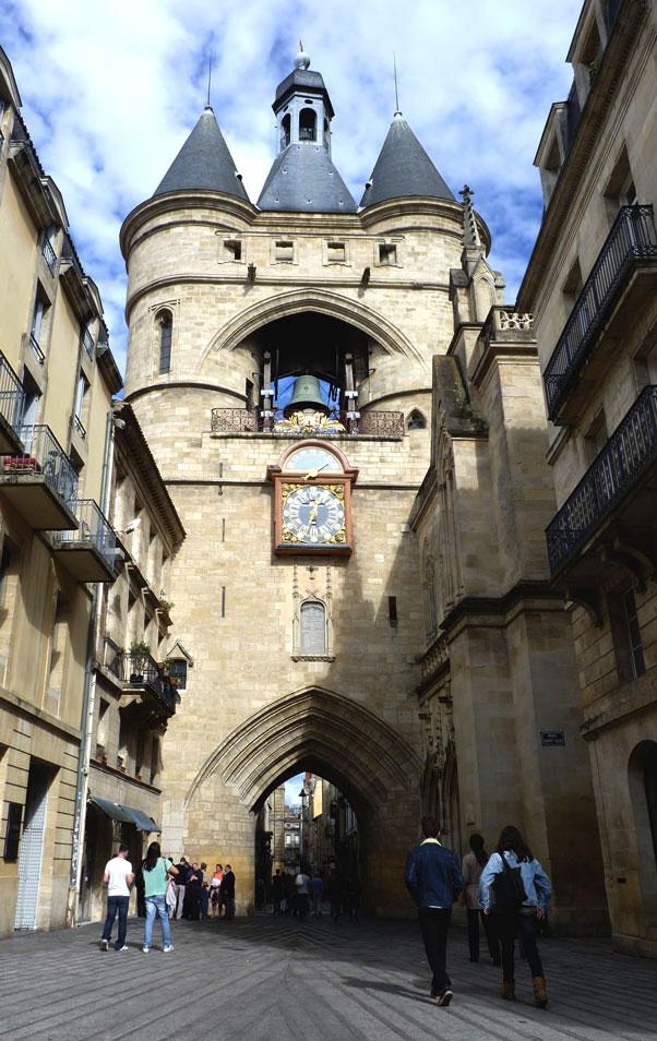 Balade_Bordeaux_Porte_Vieille_Cloche