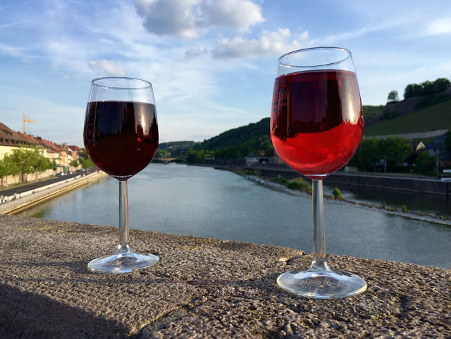 service-groupe-vin-verres