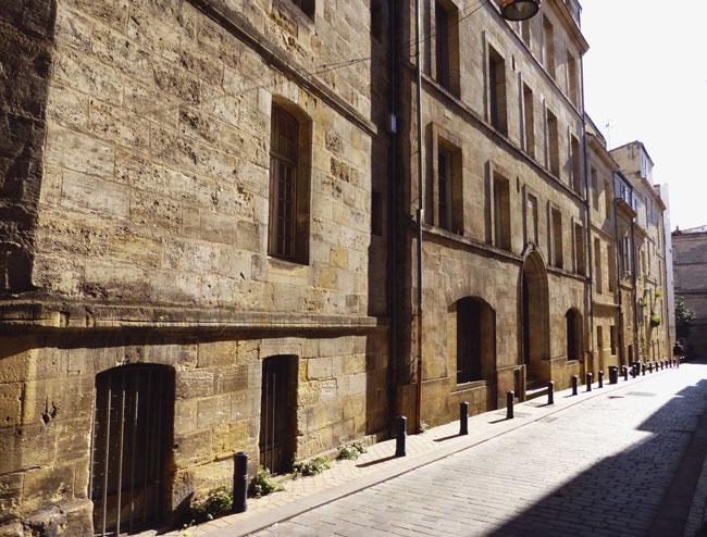 balade-bordeaux-medieval-rue-histoire