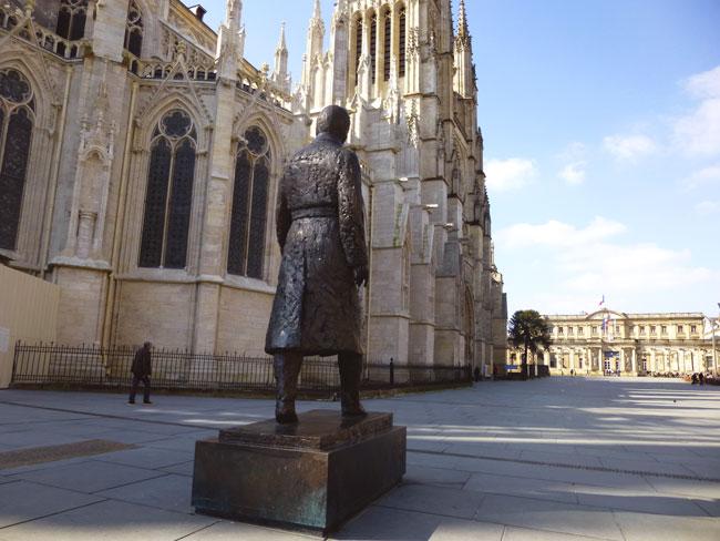 bordeaux-statue-chaban-delmas
